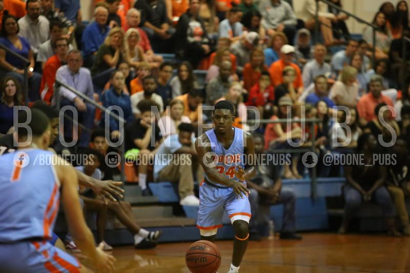 Basketball VS Edgewater 2-6_McCarthy2020020610349