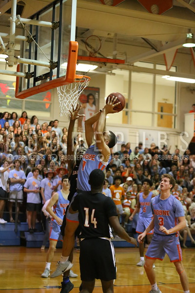 Basketball VS Edgewater 2-6_McCarthy2020020610283