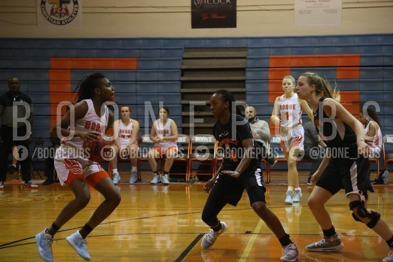 Girls Basketball 1-21_Curry0337