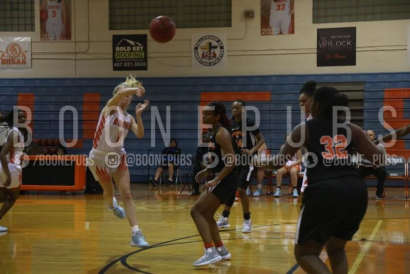 Girls Basketball 1-21_Curry0448