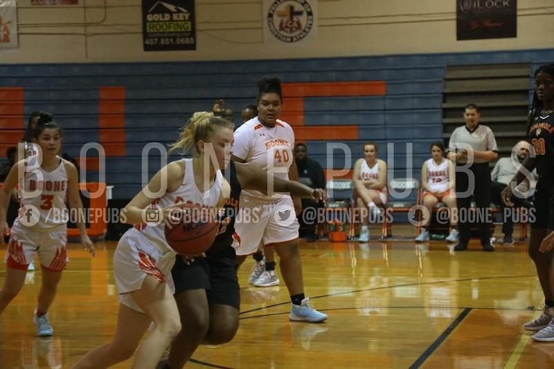 Girls Basketball 1-21_Curry0437