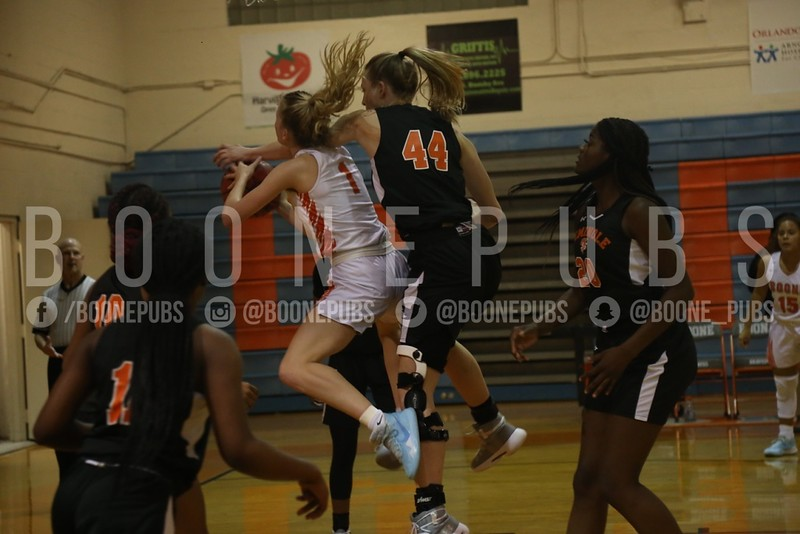 Girls Basketball 1-21_Curry0104