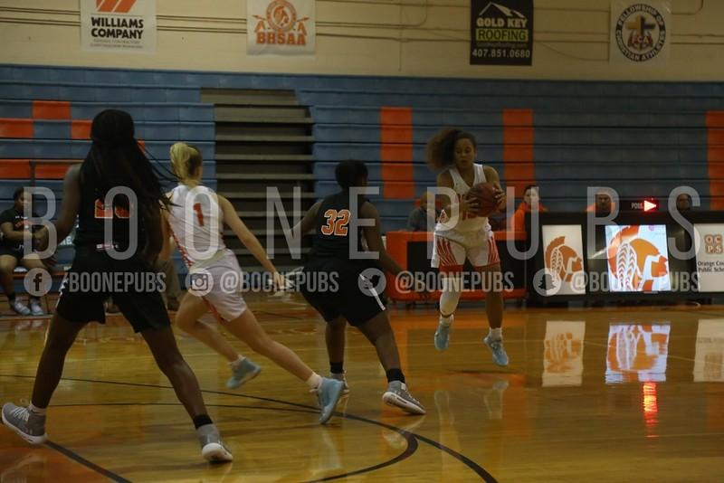 Girls Basketball 1-21_Curry0079
