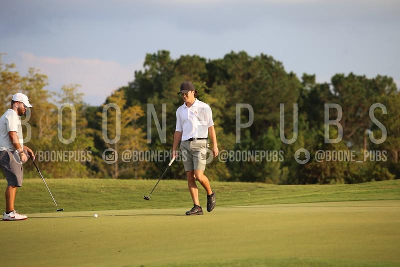Boys Golf 9-30_Breeze0403