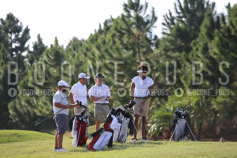 Boys Golf 9-30_Breeze0106