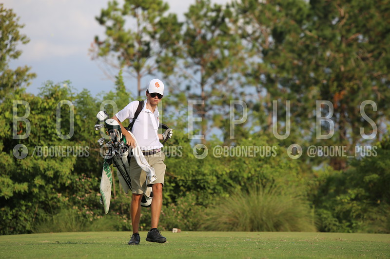 Boys Golf 9-30_Breeze0347