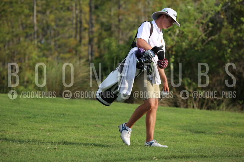 Boys Golf 9-30_Breeze0345
