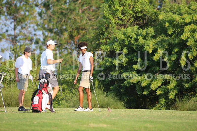 Boys Golf 9-30_Breeze0436