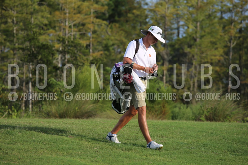 Boys Golf 9-30_Breeze0343