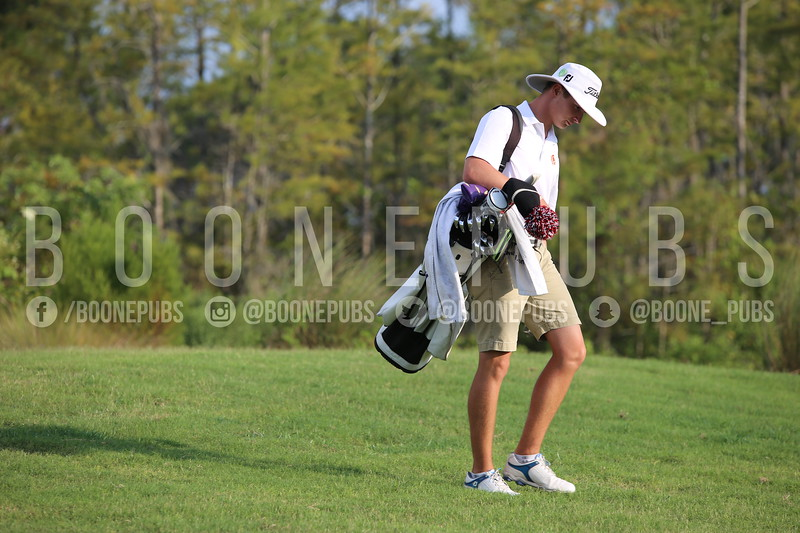 Boys Golf 9-30_Breeze0344