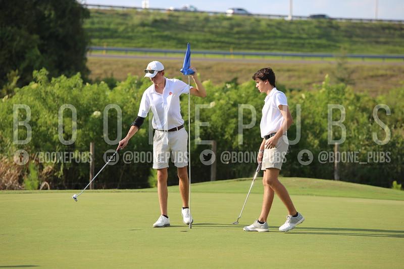 Boys Golf 9-30_Breeze0137
