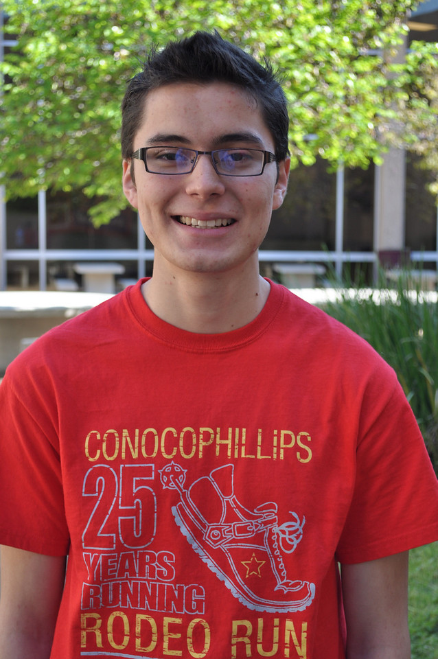 Erick Sanchez <br /> Northbrook High School<br /> Student of the Week March 2012