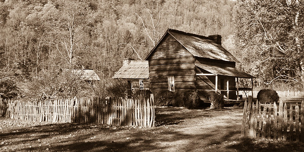 Mountain Farm Museum 111025-15