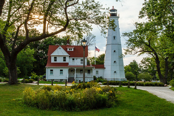North Point Light Station Milwaukee, Wi 120802-49 reduced size