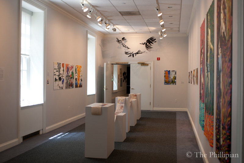 Artwork by students in Art 500 were recently displayed in the Gelb Gallery. (J. Qu/The Phillipian)
