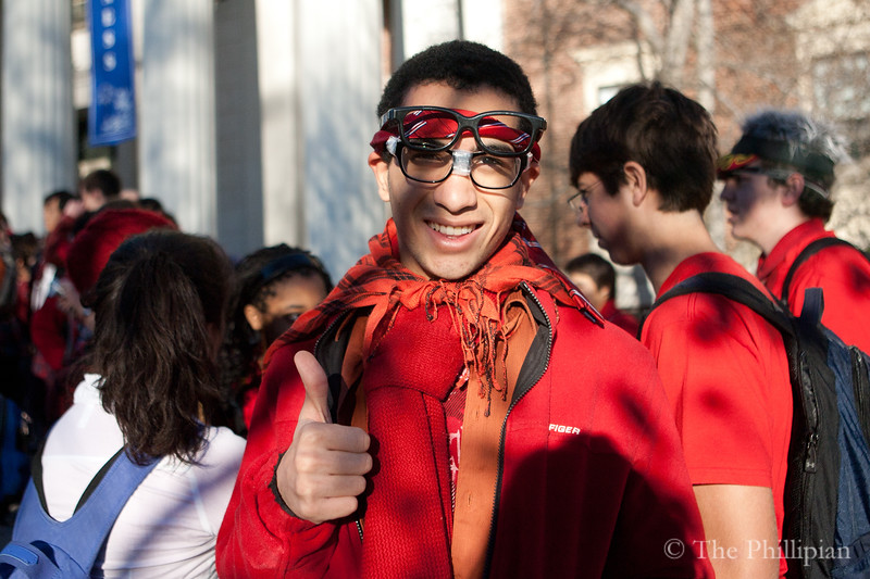 Students celebrate Exeter Geek Day on 11/11/10 in preparation for Andover/Exeter. (J. Qu)