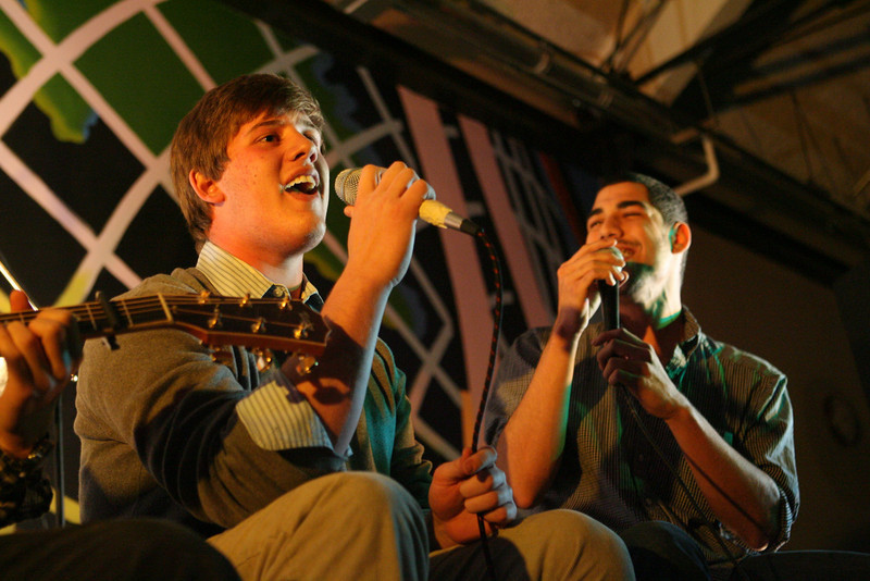 Students perform at Music Fest 2011. (J. Qu)