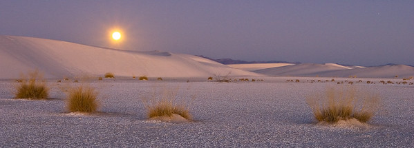 Moonset at White Sands