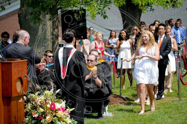 2011_SA_Graduation-Diplomas-0040