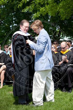 2011_SA_Graduation-Diplomas-0010