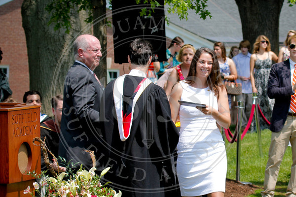 2011_SA_Graduation-Diplomas-0057