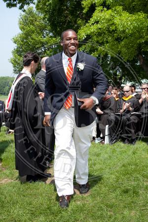 2011_SA_Graduation-Diplomas-0017