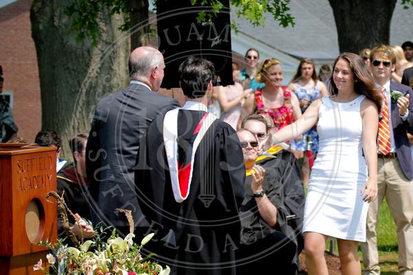 2011_SA_Graduation-Diplomas-0052