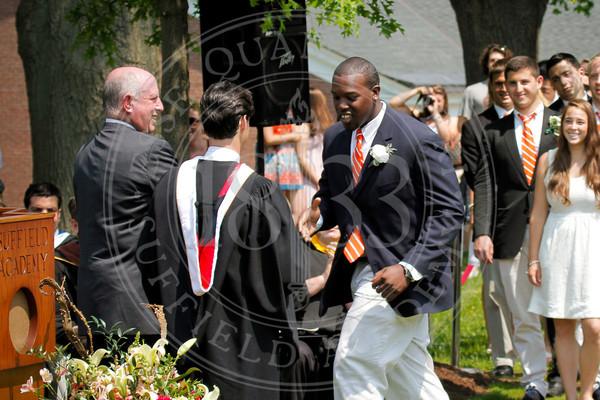 2011_SA_Graduation-Diplomas-0015