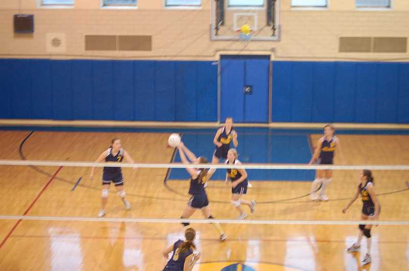 girls volleyball 034