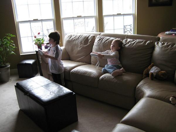 03.01.09 Zane and Abby Playdate