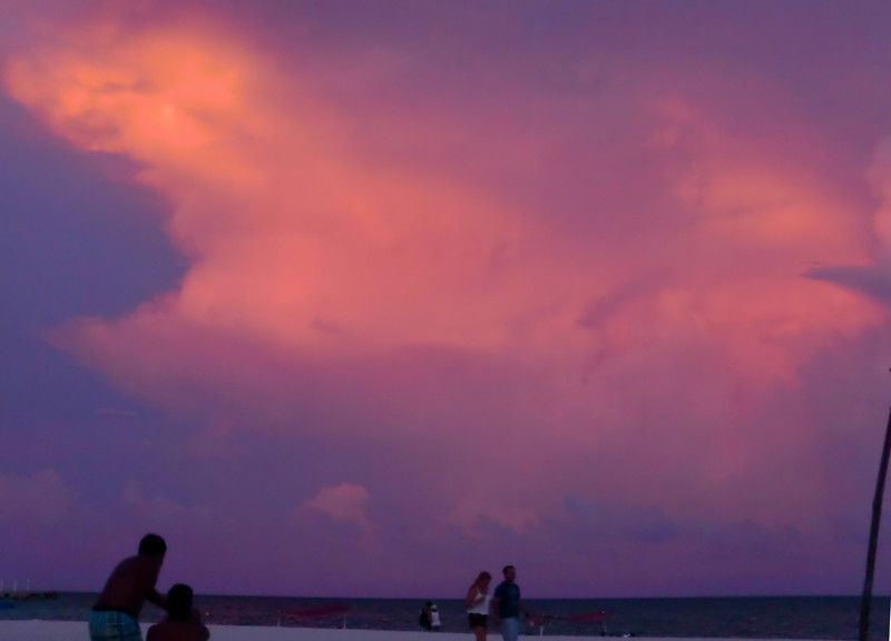 Playa08102.jpg