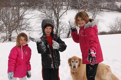 12112 Snowy Fun-194