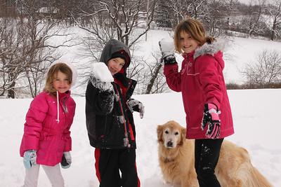 12112 Snowy Fun-198