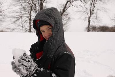 12112 Snowy Fun-219