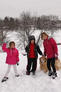 12112 Snowy Fun-209