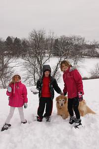 12112 Snowy Fun-212
