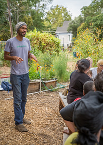 Photo by Mari Jo Dorris for Oak Park Sol community garden