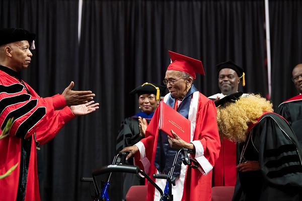 20190510 Commencement 1949 Graduate Mrs Elizabeth Barker Johnson 056Ed