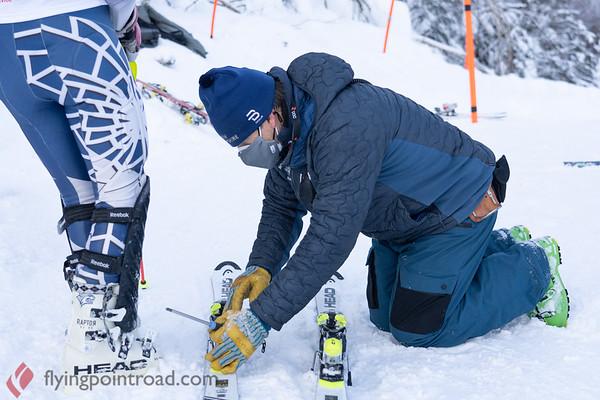 2021 UNH Alpine Carnival - Women's Slalom