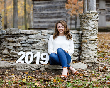 Claire T.  Senior Photos 2019