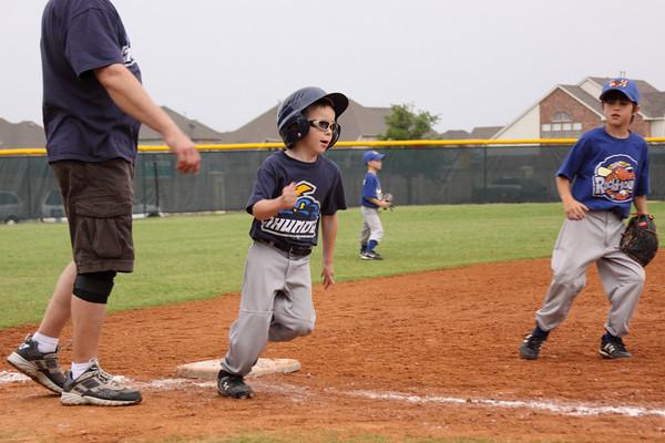 090502_Baseball_189
