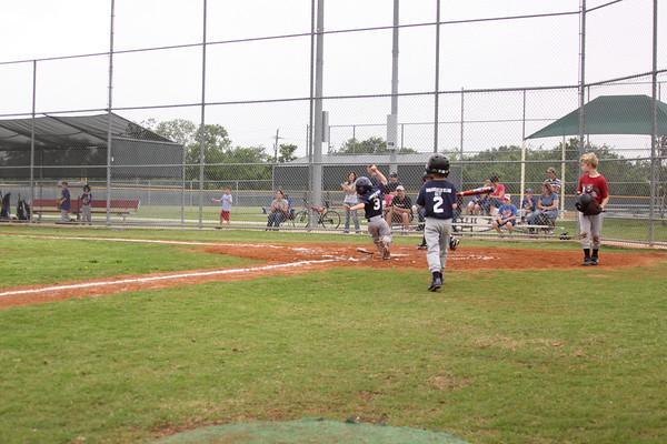 090502_Baseball_203