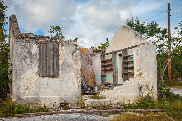 One of the many abandoned houses in Bennett's Settlement
