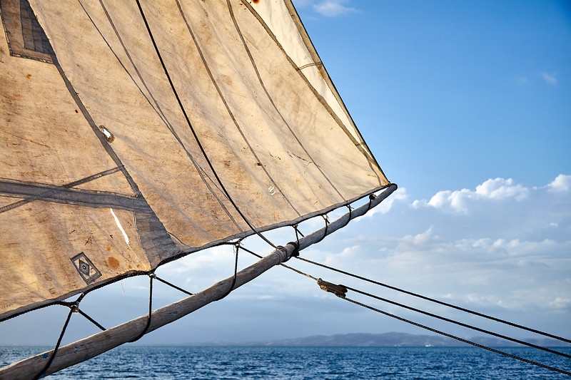"""Classic rigging on """"Fufei"""", with old donated Dacron sailcloth."""