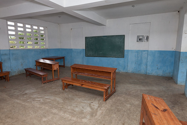 The large empty classroom of the new school in La Hatte.