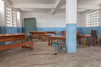 One of the large classrooms of the new school in La Hatte, currently abandoned.