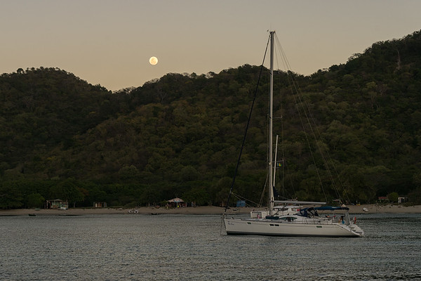 Full moon rising in Chatham Bay