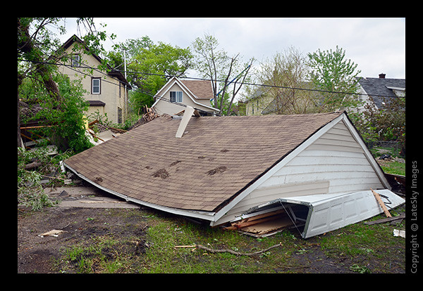 TOR_0685 Decapitated Garage