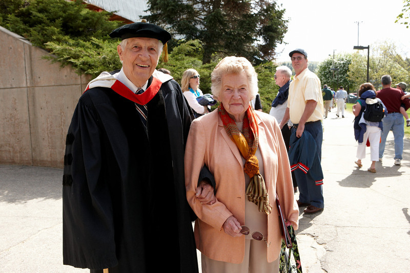 2008 Undergraduate Commencement Speaker T. Holmes Moore with his wife, Norma Jean.  Photo by John Hession.