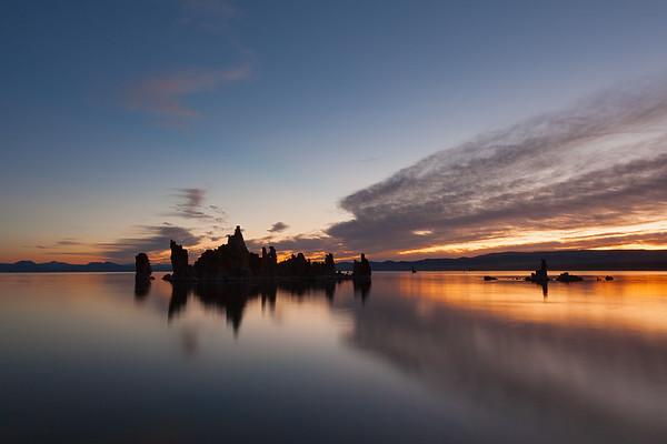 Tufa formations at Mono Lake, California